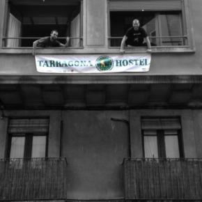 Hostales y Albergues - Hostal Tarragona