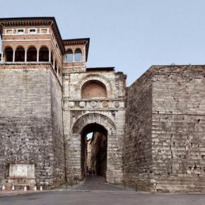 Hostales y Albergues - Hostal Little Italy