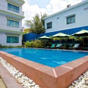 Hostales y Albergues - Damnak Riverside Hotel