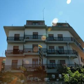Hostales y Albergues - Hotel Garden Chianciano Terme