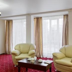 Hostales y Albergues - Davidov Hotel
