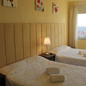 Hostales y Albergues - Santa Clara Hotel