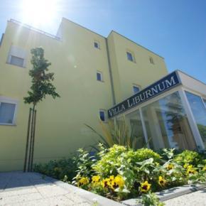 Hostales y Albergues - Villa Liburnum