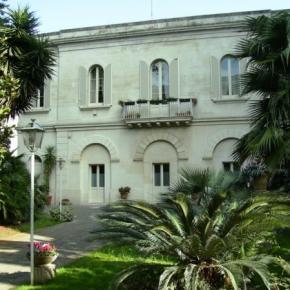 Hostales y Albergues - BnB Antica Villa la Viola