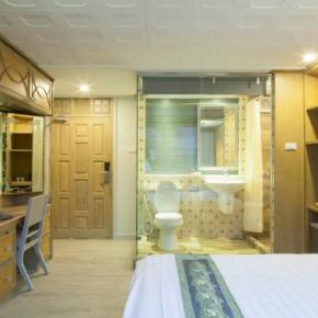 Hostales y Albergues - Hostal Golden Mountain