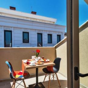 Hostales y Albergues - Aybar Hotel