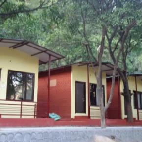 Hostales y Albergues - Green Land Swiss Cottage