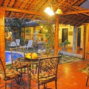 Hostales y Albergues - Hotel Colonnade Nicaragua