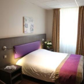 Hostales y Albergues - Adonis Annecy - Icône Hôtel