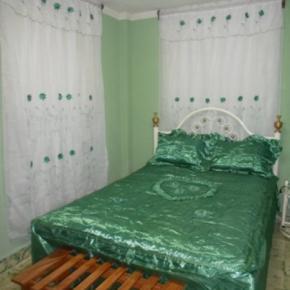 Hostales y Albergues - Hostal Las Marias Santiago de Cuba
