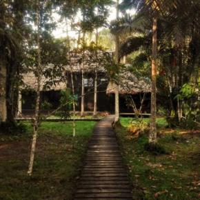 Hostales y Albergues - Refugio Makuruma