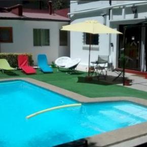 Hostales y Albergues - The Magic House BnB