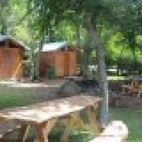 Hostal  Camping Los Coihues