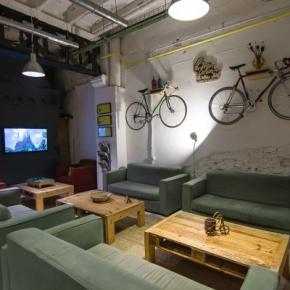 Hostales y Albergues - Bed & Bike Barcelona