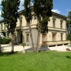 Hostales y Albergues - Residence Michelangiolo