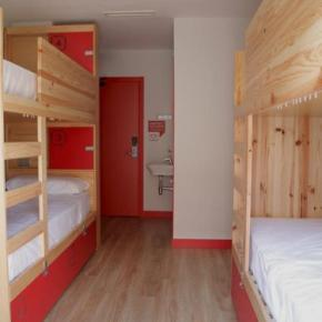 Hostales y Albergues - Hostal Ok  Madrid