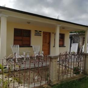 Hostales y Albergues - Casa El Riko Kubanito