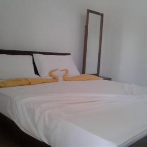 Hostales y Albergues - Diyawara Home Stay