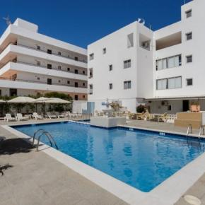 Hostales y Albergues - Apartamentos San Antonio Beach