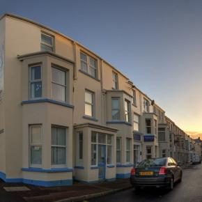 Hostales y Albergues - Hostal Portrush Holiday