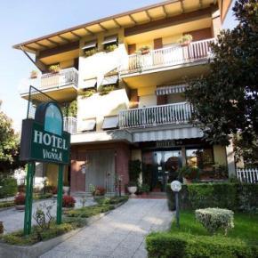 Hostales y Albergues - Hotel Vignola