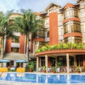 Hostales y Albergues - Kibo Palace Hotel