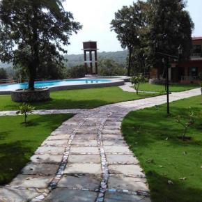 Hostales y Albergues - Hotel Hill Rock Goa