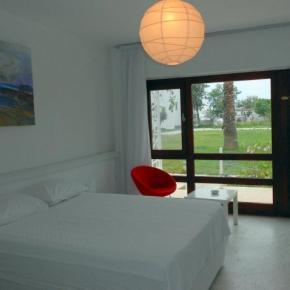 Hostales y Albergues - Aytas Hotel