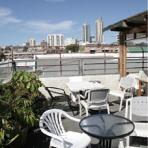 Hostales y Albergues - Hostal City Resort