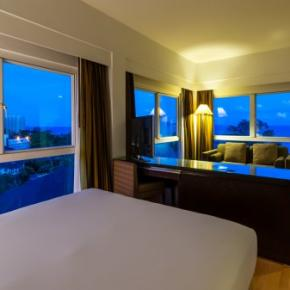 Hostales y Albergues - RCG Suites Pattaya