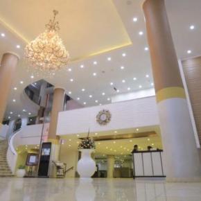 Hostales y Albergues - Saro Maria Hotel