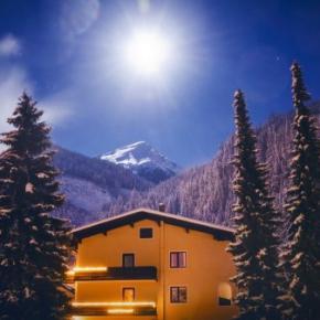 Hostales y Albergues - Residence AlpenHeart