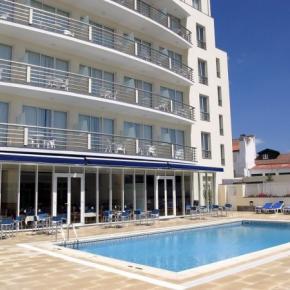 Hostales y Albergues - Vila Nova Hotel