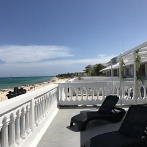 Hostales y Albergues - Hostal  la Isla Playa del Carmen