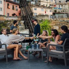 Hostales y Albergues - Hostal La Joya