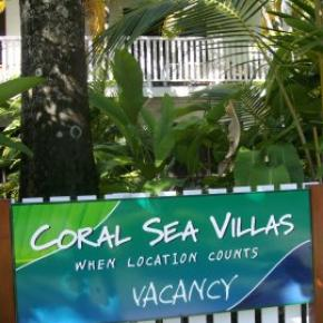 Hostales y Albergues - Coral Sea Villas