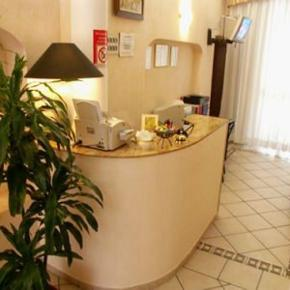 Hostales y Albergues - Hotel Aladin