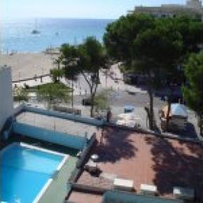 Hostales y Albergues - Hotel Amic Miraflores