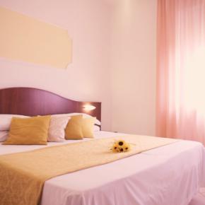 Hostales y Albergues - Grifone Hotel