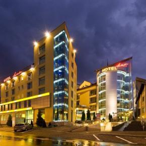 Hostales y Albergues - Hotel Ambient