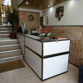Hostales y Albergues - Solar Residencial S.Gabriel