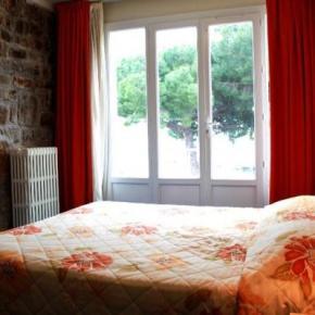 Hostales y Albergues - Hotel Richiardi