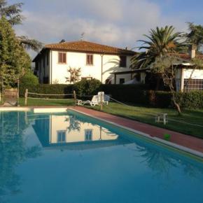 Hostales y Albergues - Airone Pisa Park Hotel