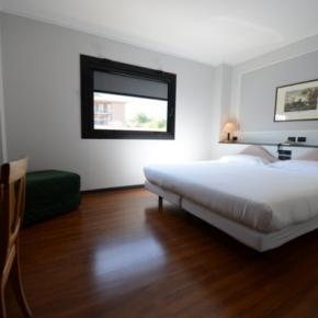 Hostales y Albergues - Hotel Mamiani