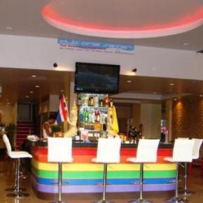 Hostales y Albergues - Club One Seven Phuket