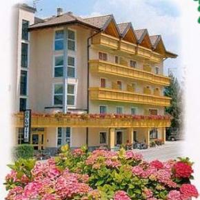 Hostales y Albergues - Hotel Dolomiti***