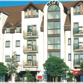Hostales y Albergues - HOTEL STADT FRANKFURT-KARBEN