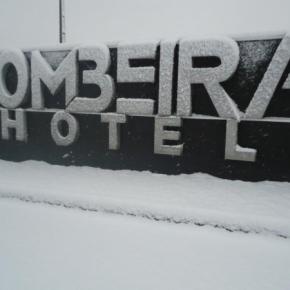 Hostales y Albergues - Hotel Pombeira