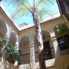 Hostales y Albergues - Dar Tuscia