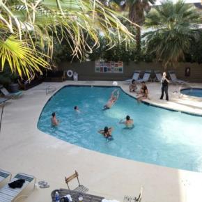 Hostales y Albergues - Hostal Las Vegas